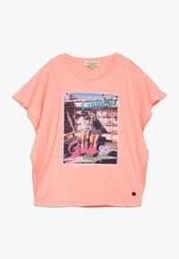 Vingino - HANOESKA - Print T-shirt - soft neon peach - 0