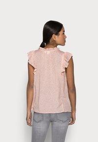 GAP Petite - Blouse - chalk pink - 2