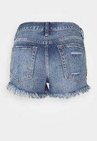 Free People - LOVING GOOD VIBRATIONS - Denim shorts - dark blue denim - 1