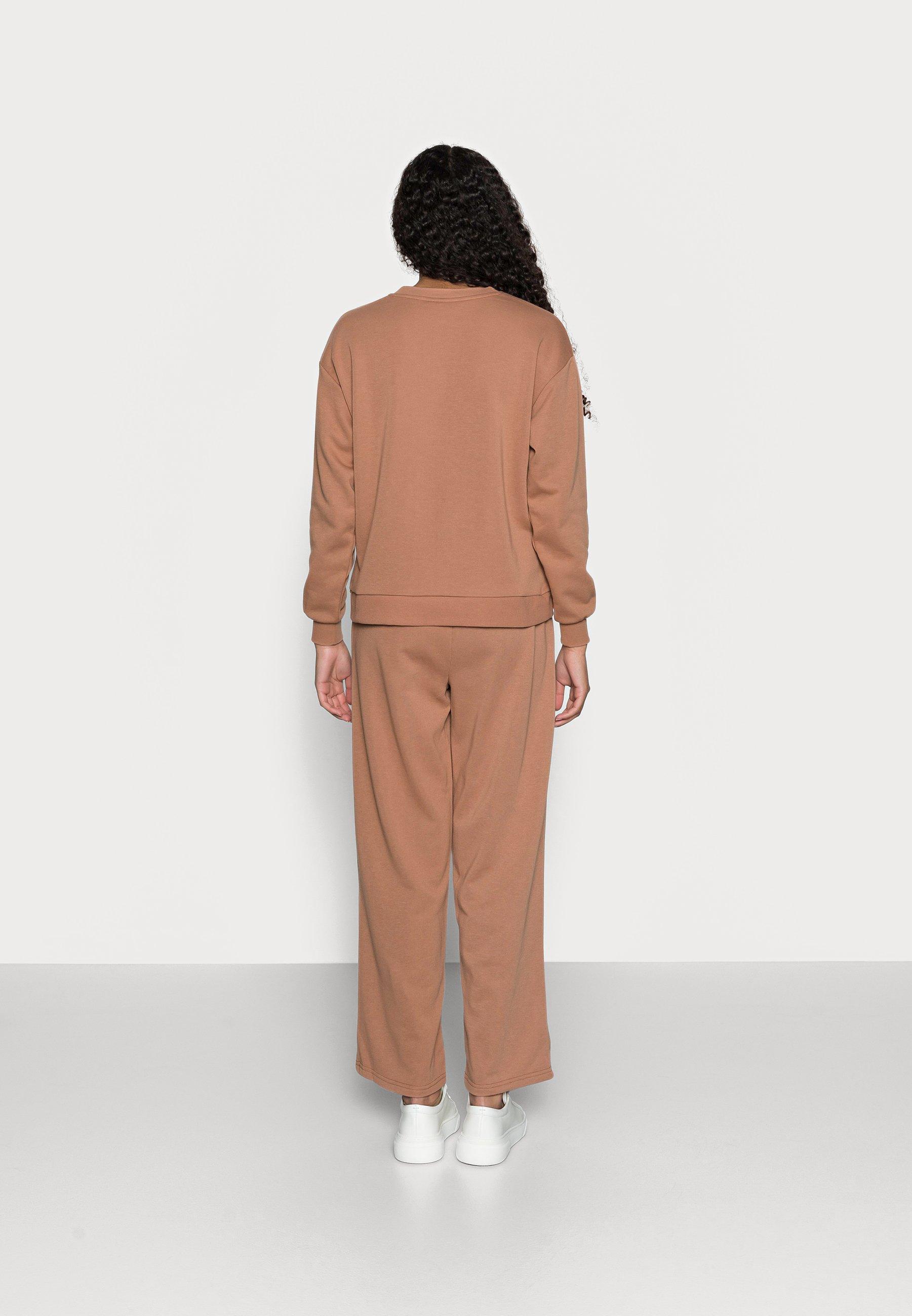 Women VMNATALIA WIDE SET - Zip-up sweatshirt