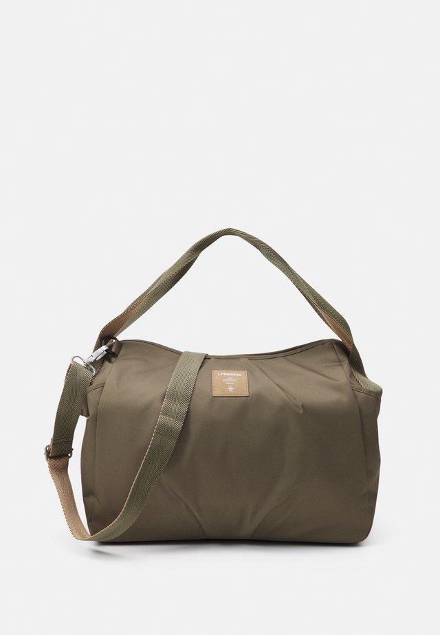 TWIN BAG TRIANGLE - Borsa fasciatoio - olive