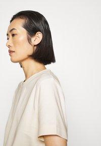 ARKET - T-SHIRT - T-shirts - white dusty light - 3