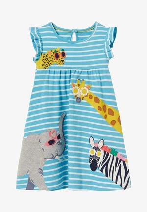 MIT RÜSCHENÄRMELN UND APPLIKATION - Jersey dress - wasserblau/naturweiß, tiere