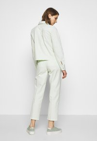 Obey Clothing - HELM PLEATED PANT - Kalhoty - seafoam - 3