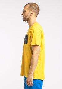 Haglöfs - MIRTH  - Print T-shirt - pumpkin yellow - 3
