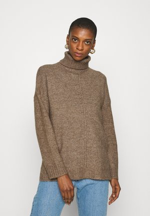 Long line seam detail - Jumper - light brown