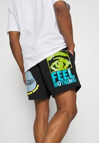 Obey Clothing - EASY DOES IT - Shorts - black - 3