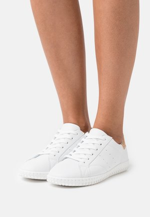 LEATHER COMFORT - Baskets basses - white