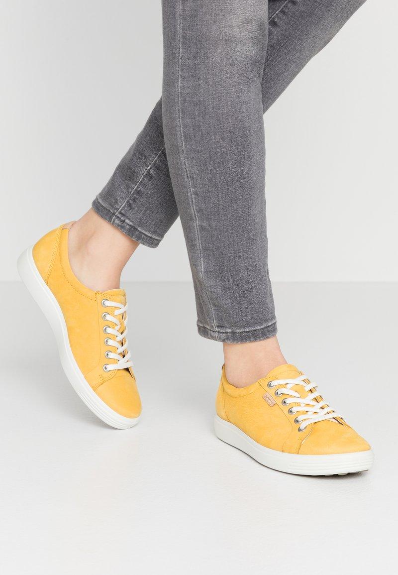 ECCO - ECCO SOFT 7 W - Sneakers laag - merigold