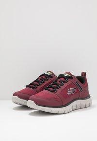 Skechers Sport - TRACK - Sneakers basse - burgundy/black - 2