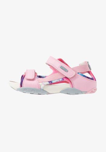 OUS - Chodecké sandály - pink