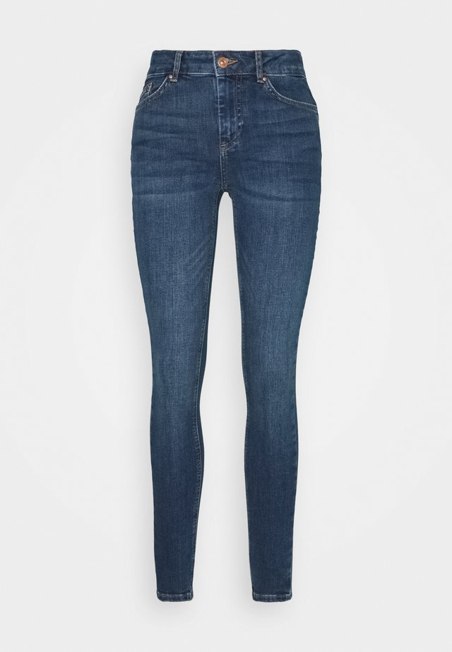 PCDELLY  - Jeans Skinny Fit - medium blue denim