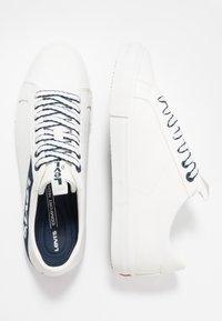 Levi's® - WOODWARD - Sneakers - regular white - 1