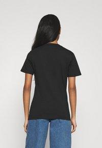 adidas Originals - T-shirt z nadrukiem - black - 2