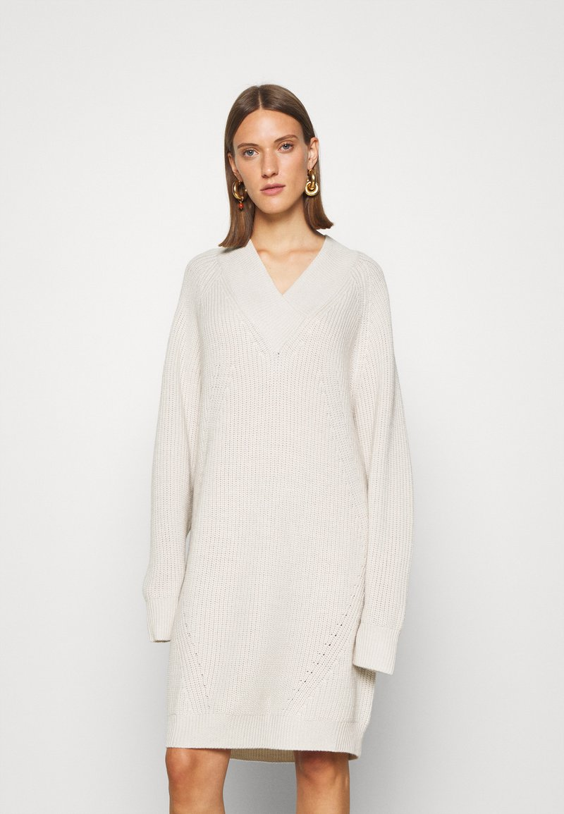 Mykke Hofmann - PILOT - Jumper dress - off white