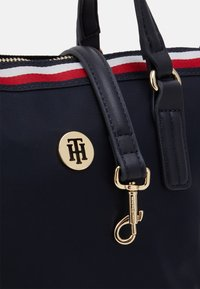 Tommy Hilfiger - POPPY SMALL TOTE CORP - Handbag - blue - 3