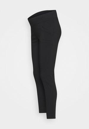 SLIM LEG POCKET PANT - Kalhoty - black