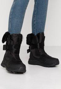 UGG - TAHOE - Bottes de neige - black - 0