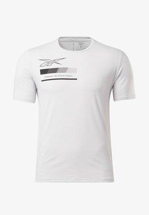 ACTIVCHILL GRAPHIC MOVE T-SHIRT - Treningsskjorter - white