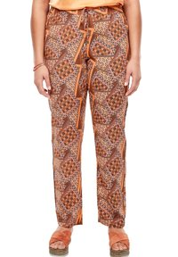 Triangle - LEICHTE  MIT SEITENPASPEL - Trousers - orange aop - 4