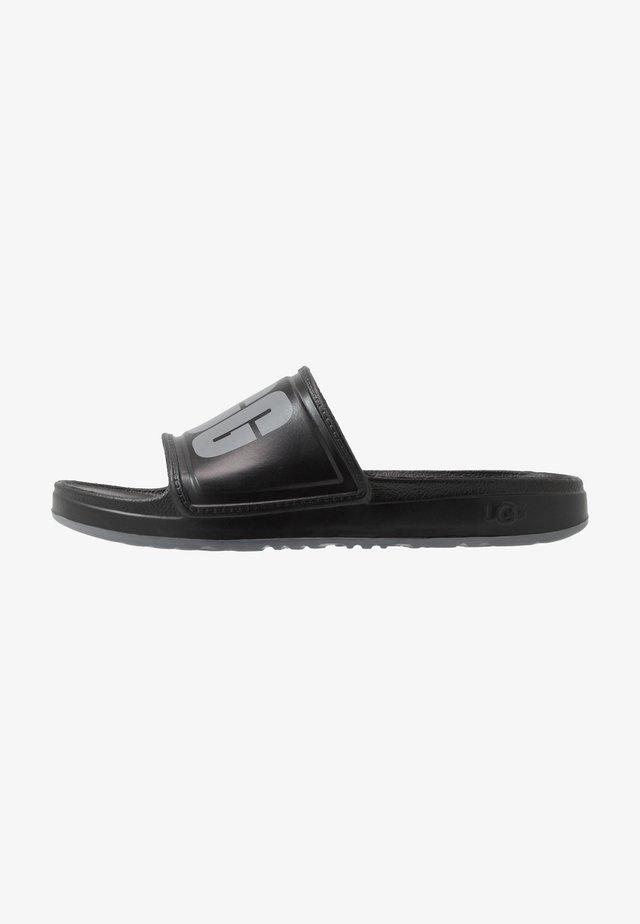 WILCOX SLIDE - Sandály do bazénu - black