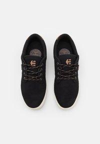 Etnies - JAMESON  - Skate shoes - black/white - 3