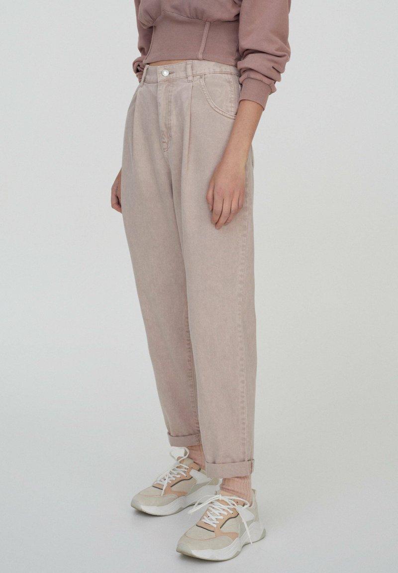 PULL&BEAR - Trousers - rose