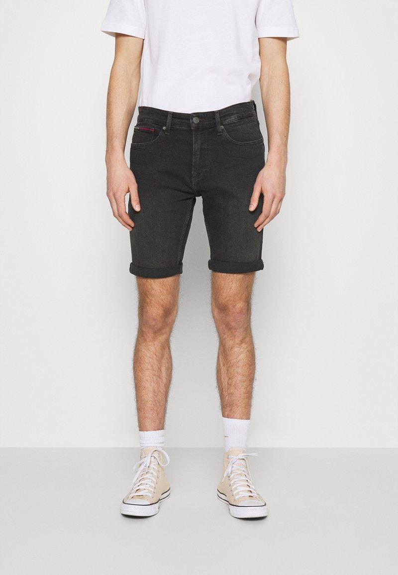 Tommy Jeans - SCANTON - Jeansshorts - kansas black comfort