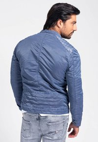 Guess - Light jacket - blau - 2