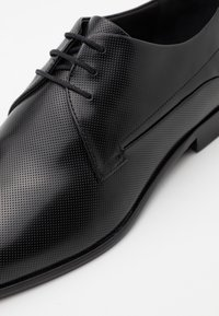 HUGO - APPEAL - Smart lace-ups - black - 3