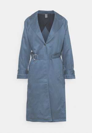 Trenchcoat - stormy sea blue