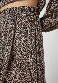PULL&BEAR - Wrap skirt - brown - 3