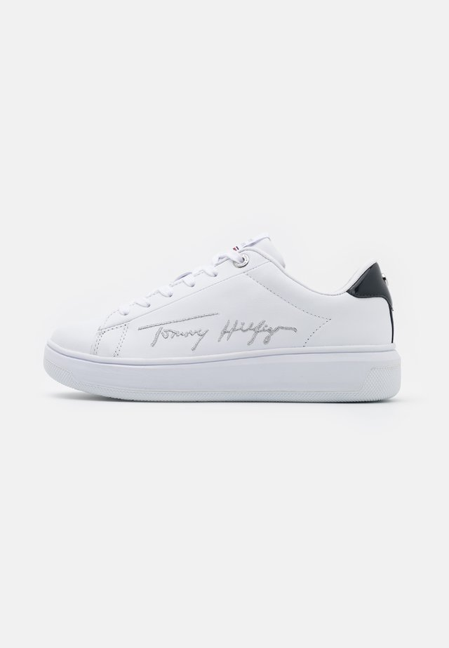 SIGNATURE CUPSOLE - Baskets basses - white