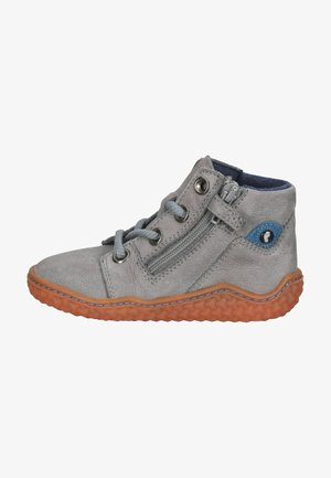 Zapatos con cordones - grau