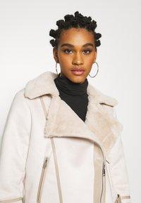 Fashion Union - VIVIENNE - Winter jacket - boucle - 3