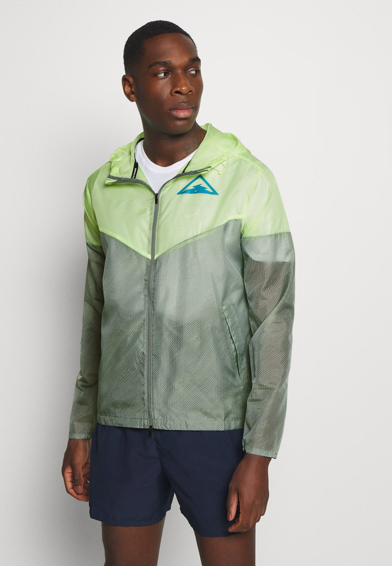 Nike Performance - TRAIL - Windbreaker - particle grey/barely volt/laser blue
