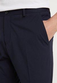 Selected Homme - SHDNEWONE MYLOLOGAN SLIM FIT - Suit - navy blazer - 8