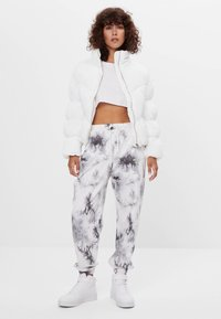 Bershka - Winter jacket - white - 1