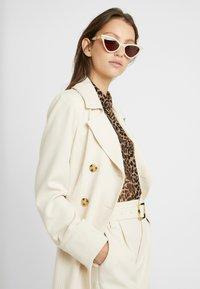 Gucci - Sunglasses - beige/brown - 1