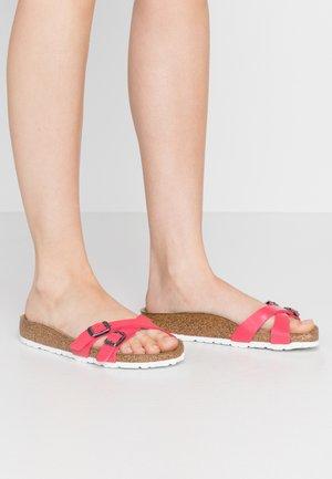 ALMERE - Slippers - graceful raspberry