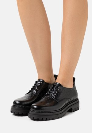 Šněrovací boty - noir