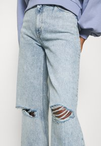 Monki - Jeans Straight Leg - blue dusty light - 6