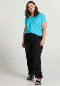 Zizzi - Basic T-shirt - turquoise - 0