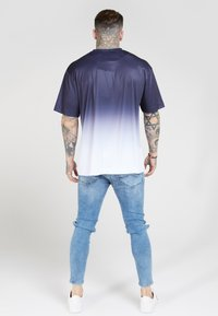 SIKSILK - BOXY FADE TEE - Print T-shirt - navy/white - 2