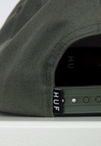 HUF - ESSENTIALS BOX SNAPBACK HAT - Cap - army - 4