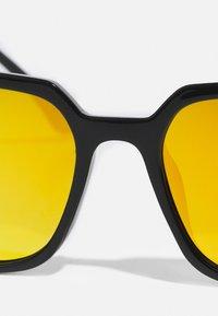 Pier One - Solglasögon - black/yellow - 3