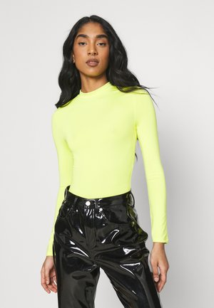SLINKY FUNNEL  - Long sleeved top - lemon