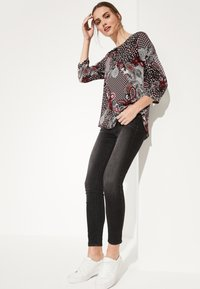 comma casual identity - 3/4 ARM - Blouse - red - 3