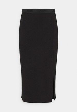 NARINAE - Pouzdrová sukně - black
