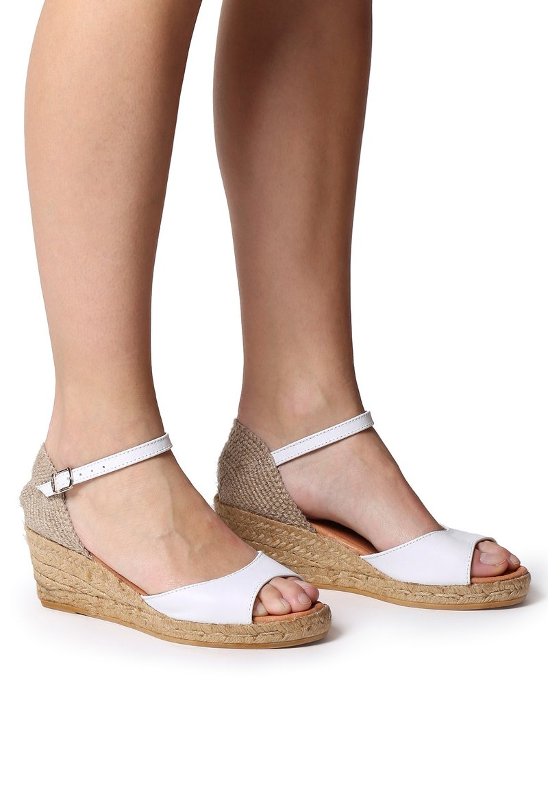 Toni Pons - LLIVIA-P - Platform heels - white